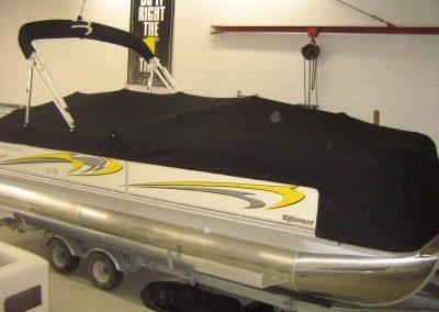 pontoon-boats-upholstery-5