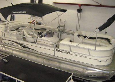 pontoon-boats-upholstery-8
